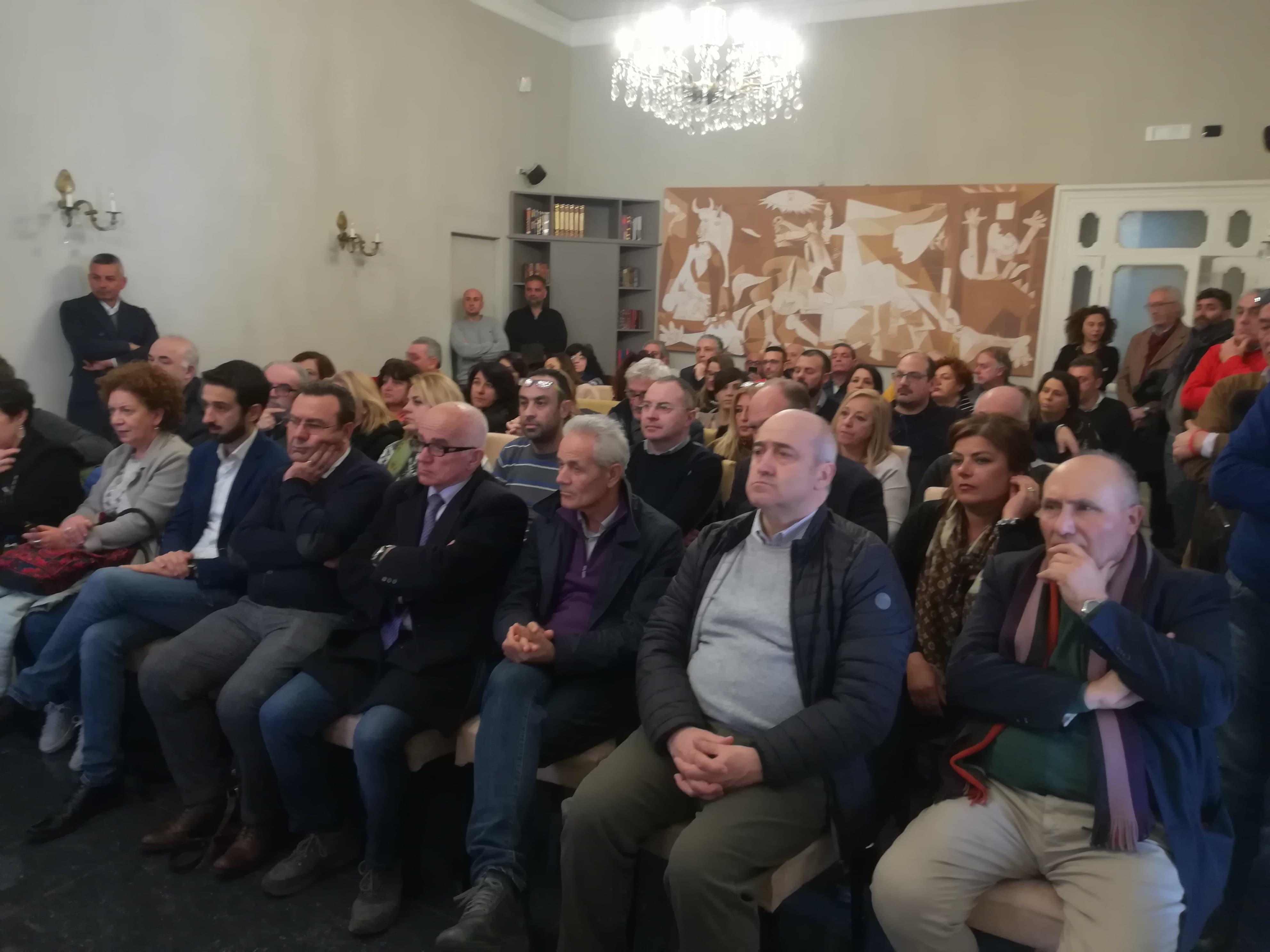 foto platea elezione segretario generale cgil fp salerno