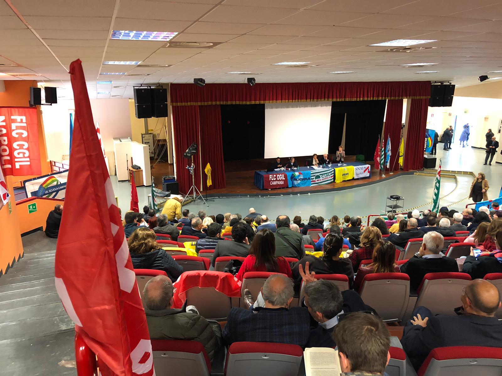 foto veduta attivo unitario scuola