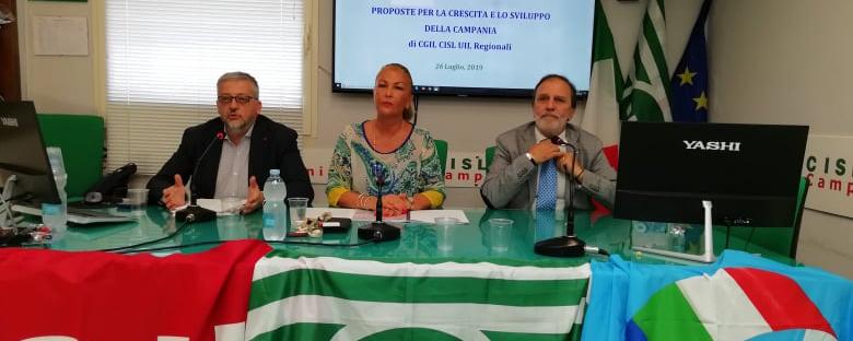 foto conferenza stampa cgil cisl uil