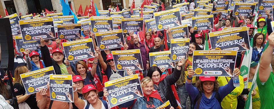 foto manifestazione appalti scuole