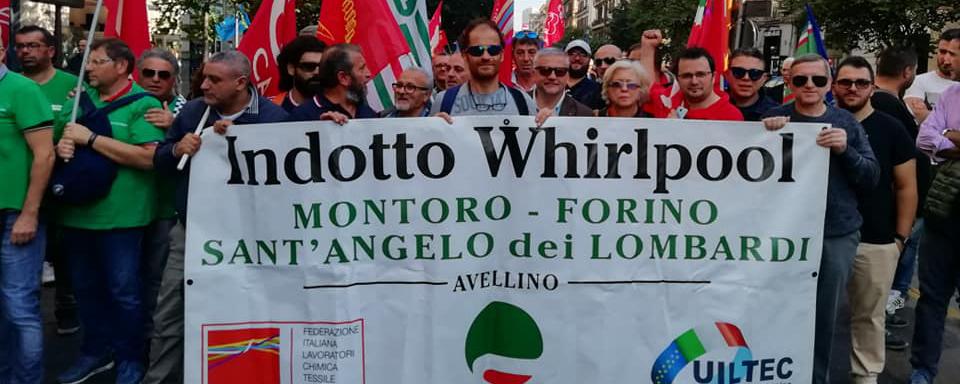 foto sciopero generale indotto whirlpool